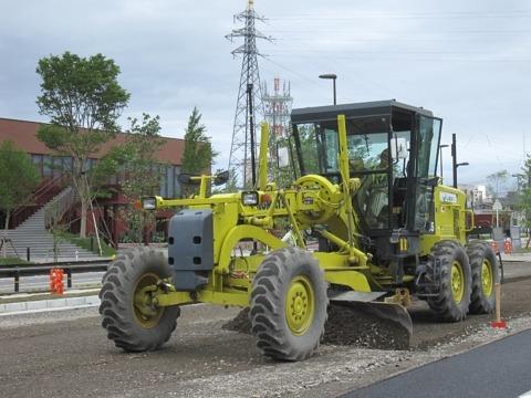 舗装工事におけるマシンコントロールシステム