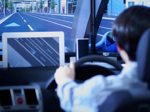 """まちを支える""""交通システム""""の技術・研究・教育"""